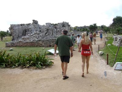 tulum-us-tourists