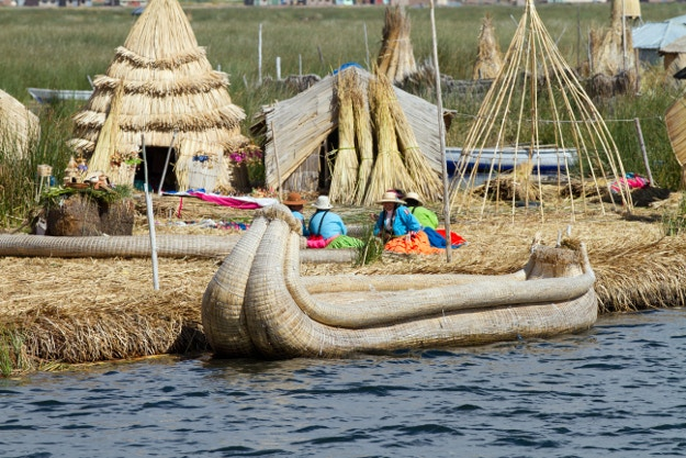 The floating reed islands of Uros on Lake Titicaca © Sean Caffrey / Getty