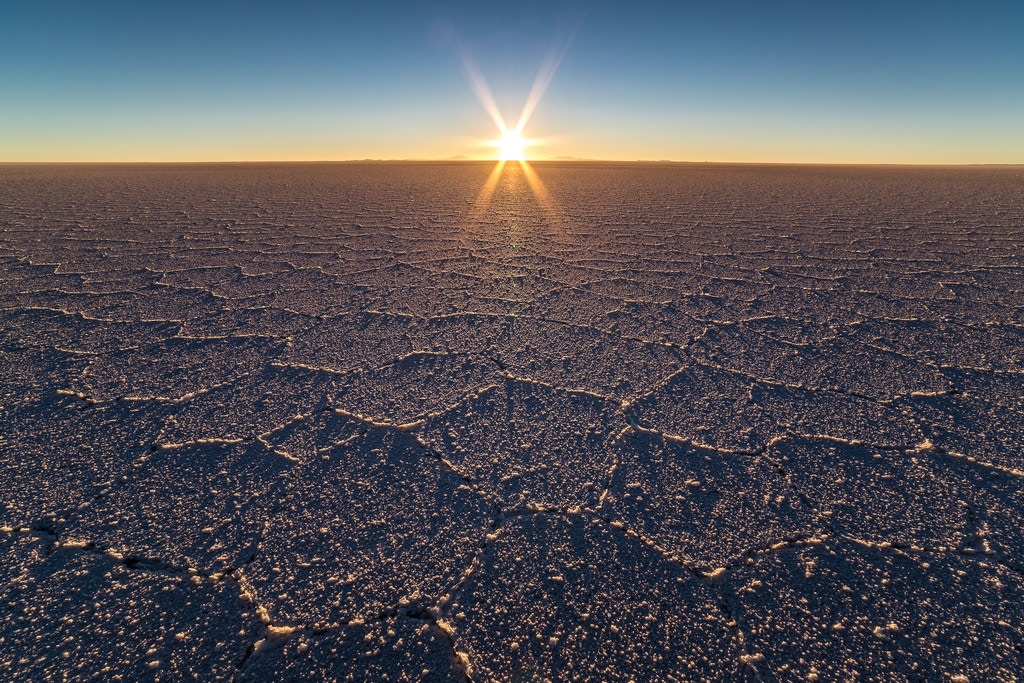 Sunrise at Salar de Uyuni - Piotr_PopUp