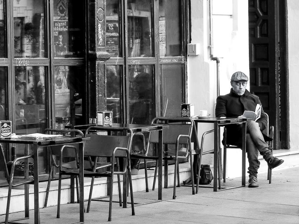 Café con Libro - Square Lamb