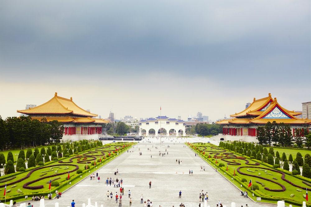 Grand views at Liberty Square, Taipei © Matt Munro / Lonely Planet