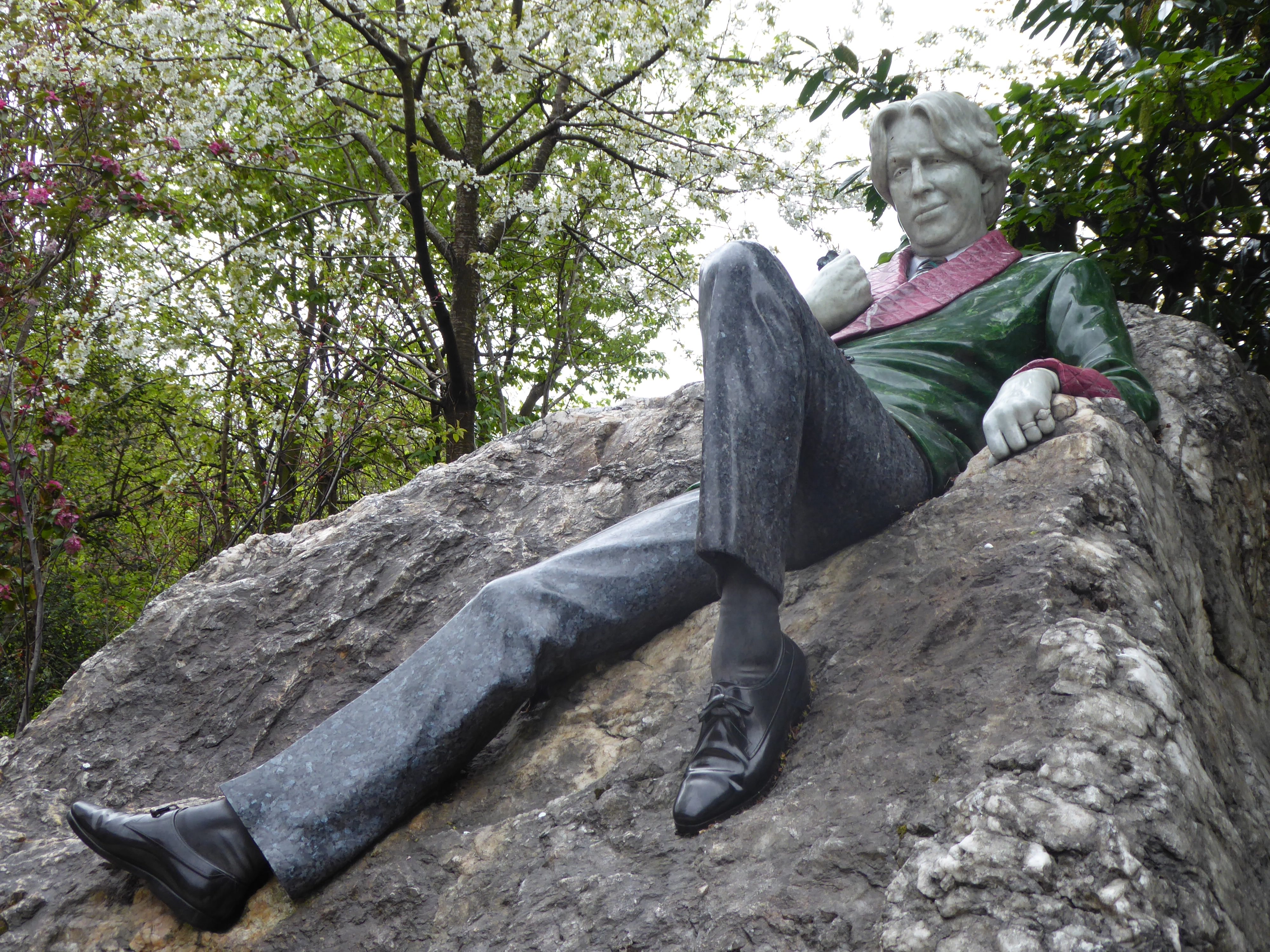 Northwestern Car Insurance >> Oscar Wilde Statue | Dublin, Ireland Attractions - Lonely Planet