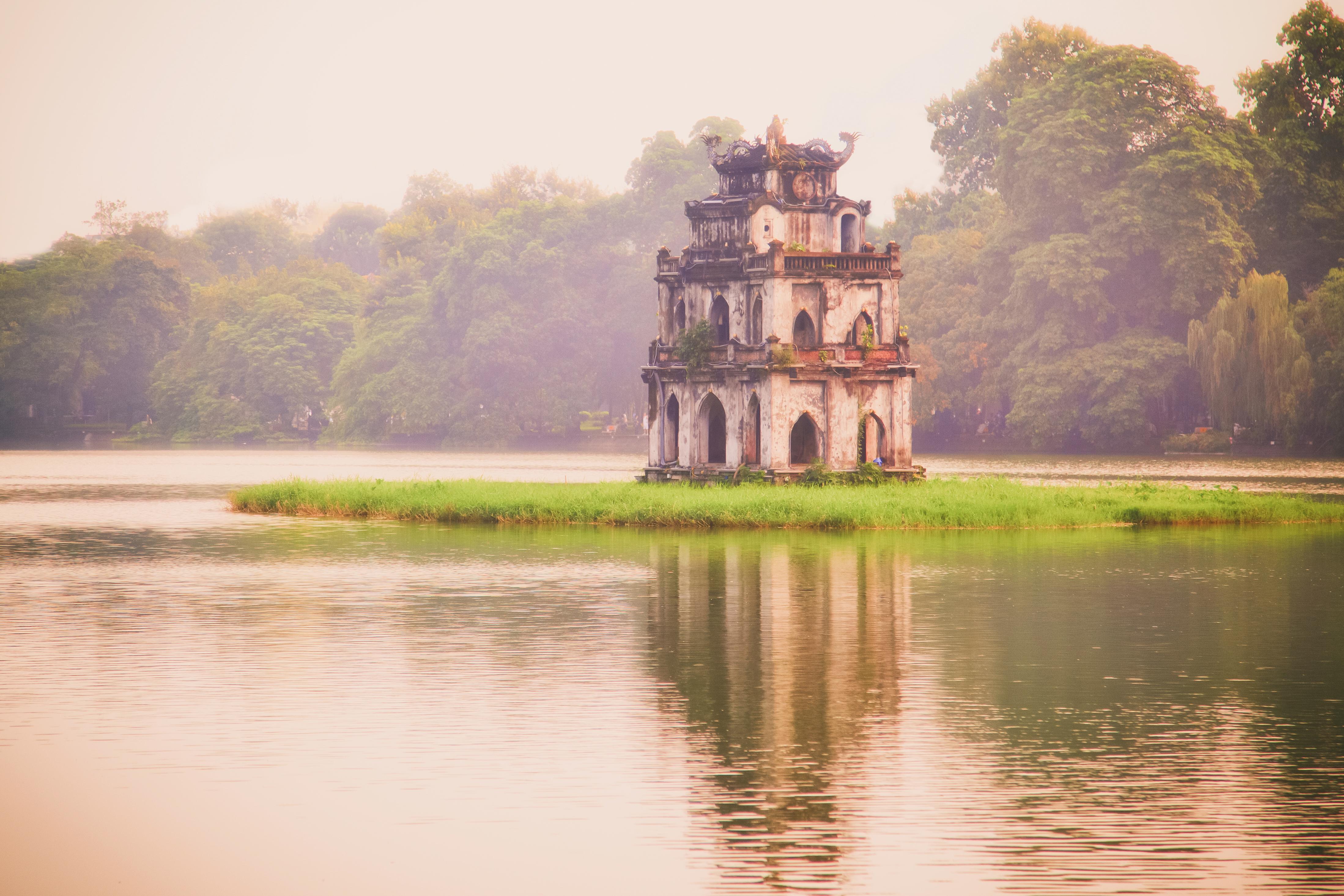 hoan kiem lake hanoi vietnam attractions lonely planet. Black Bedroom Furniture Sets. Home Design Ideas