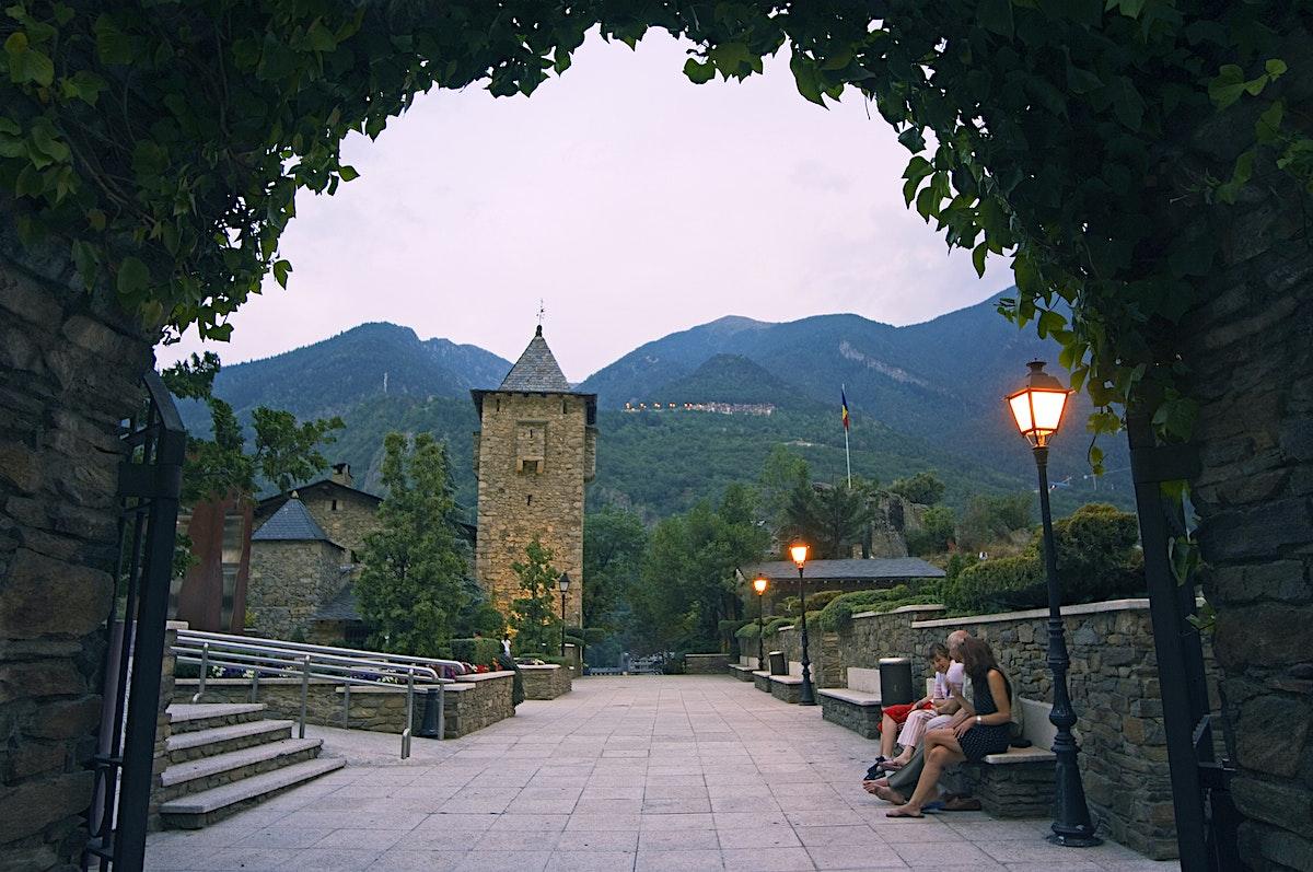 Andorra la vella travel lonely planet - Andorra la vella apartamentos ...