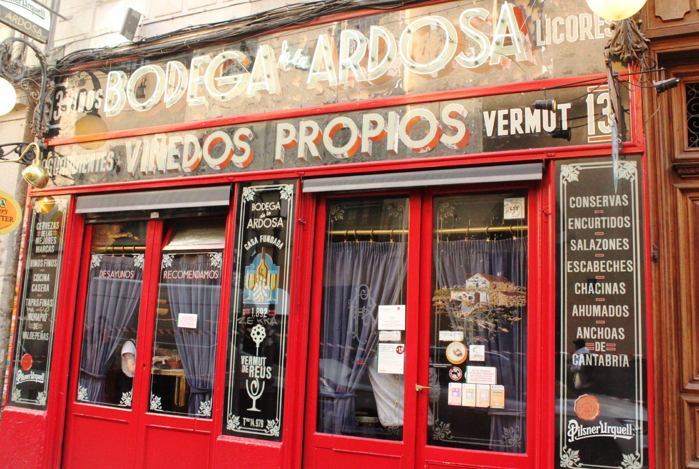 Bodega De La Ardosa Madrid Spain Restaurants Lonely Planet
