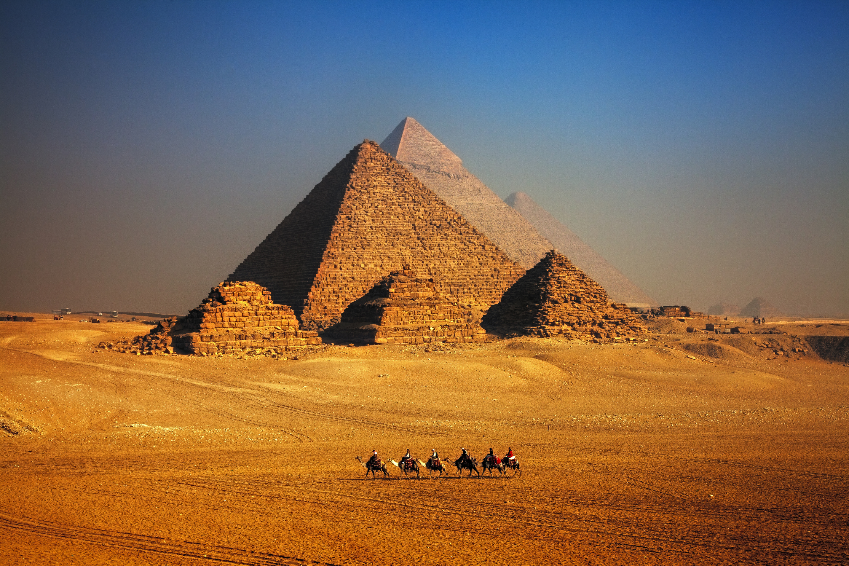 pyramids of giza lonely planet