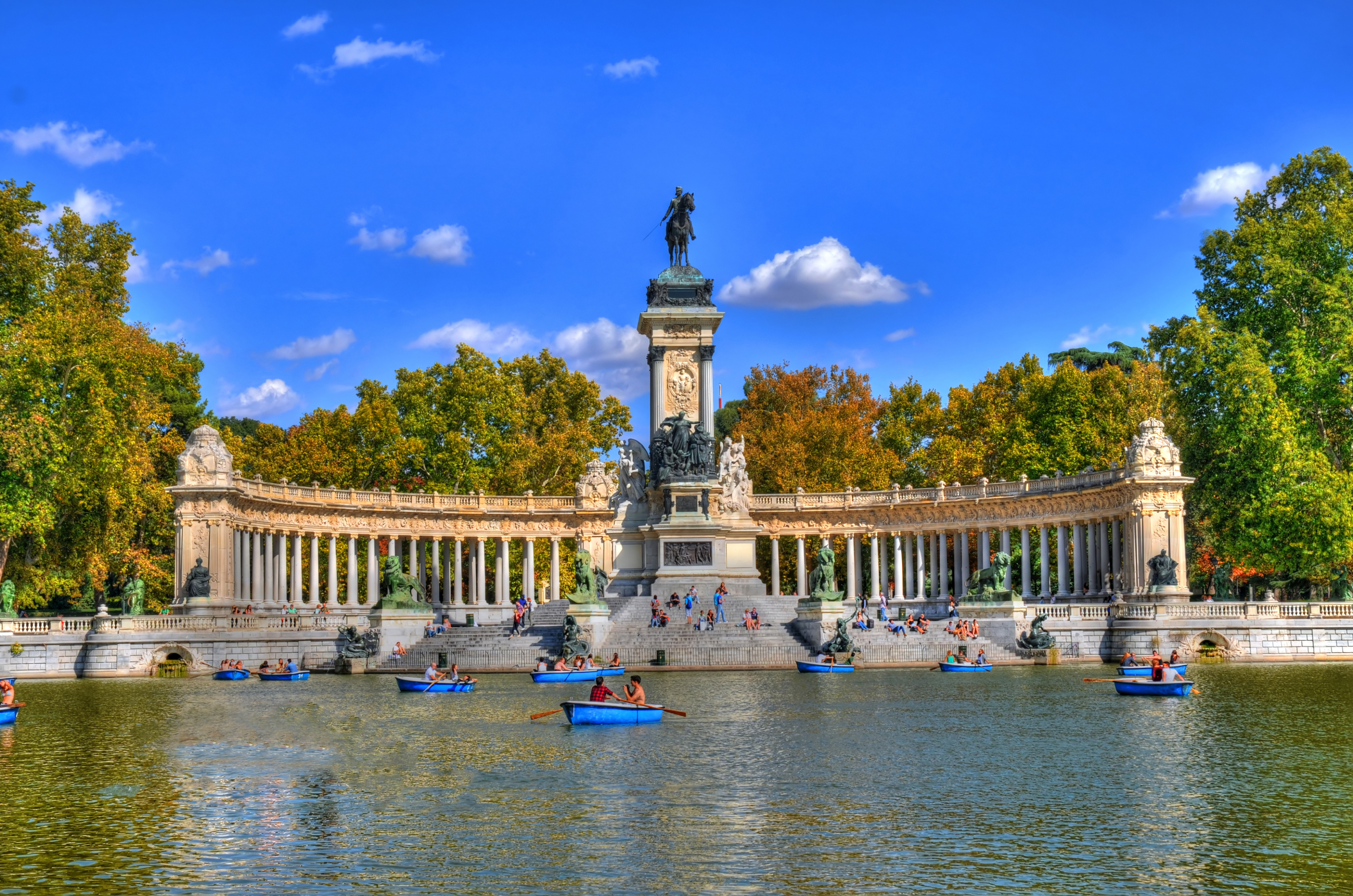 Parque Del Buen Retiro Madrid Spain Attractions Lonely