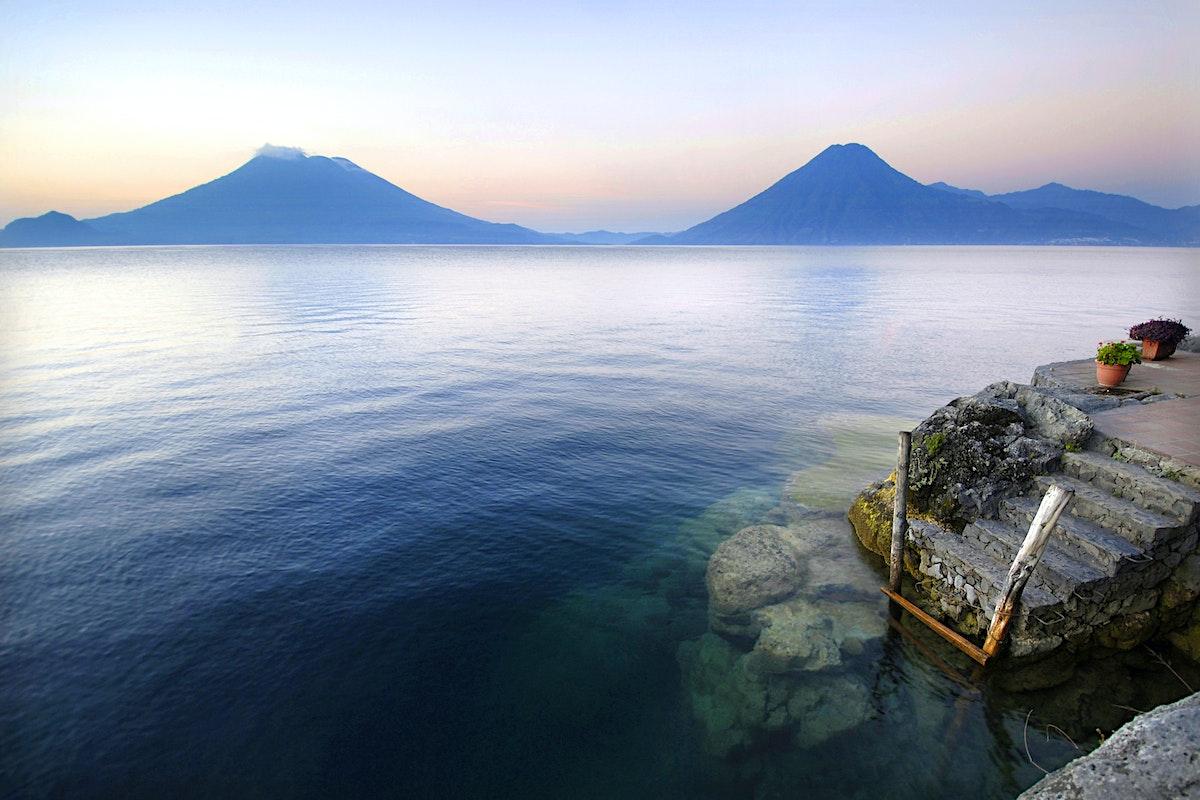 Resultado de imagen para Lago de Atitlán