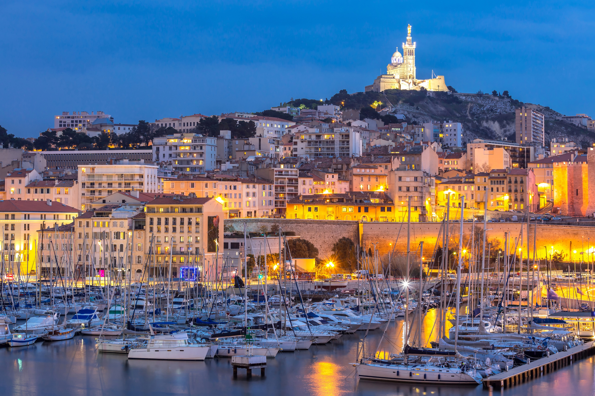 Vieux port marseille france attractions lonely planet - Mcdo vieux port marseille ...