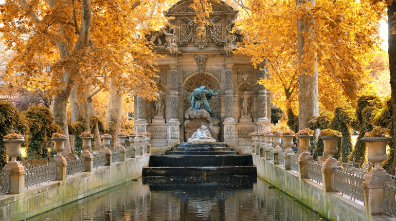 Jardin du luxembourg in paris france lonely planet - Jardin de luxembourg hours ...