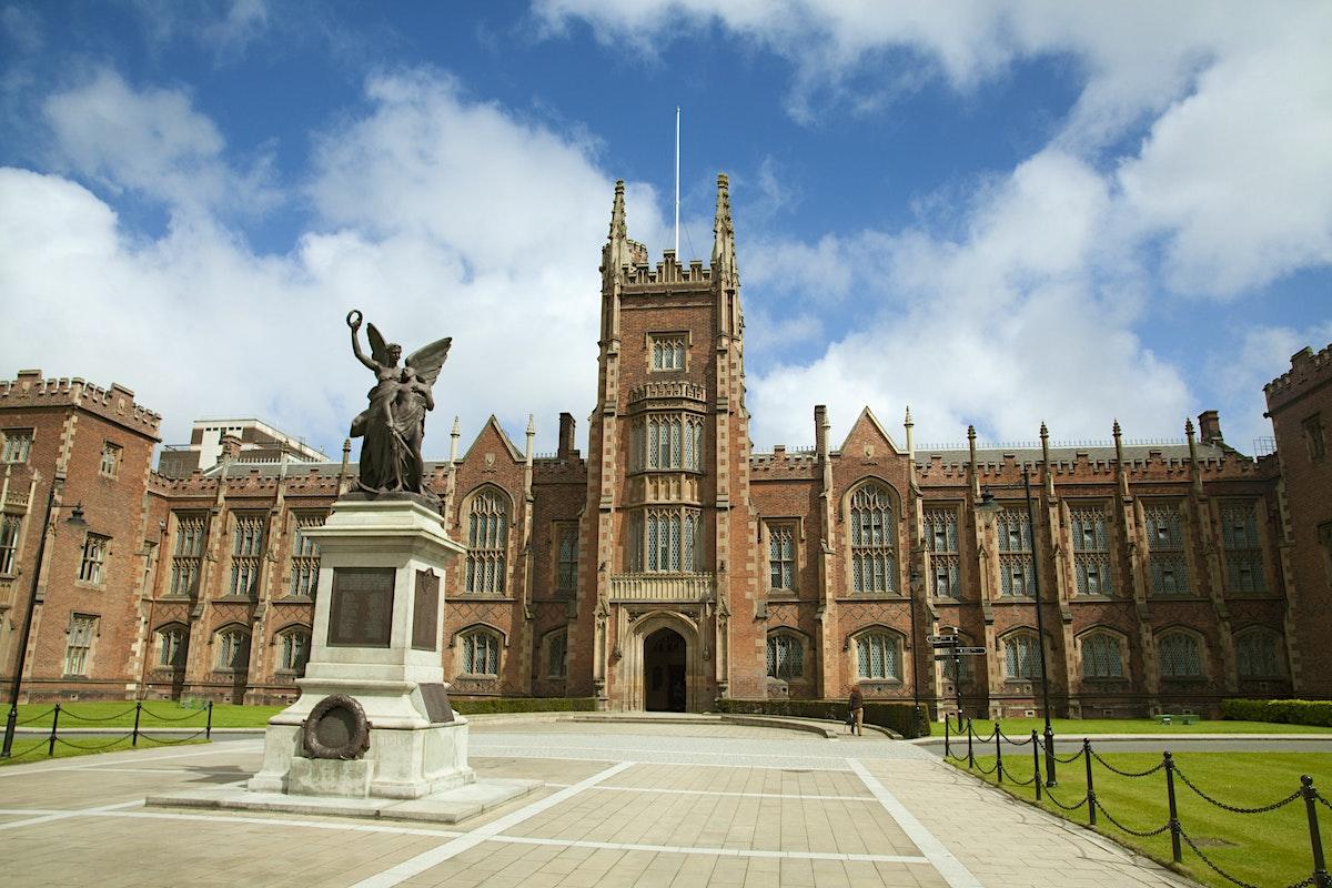 Queen S University Tours