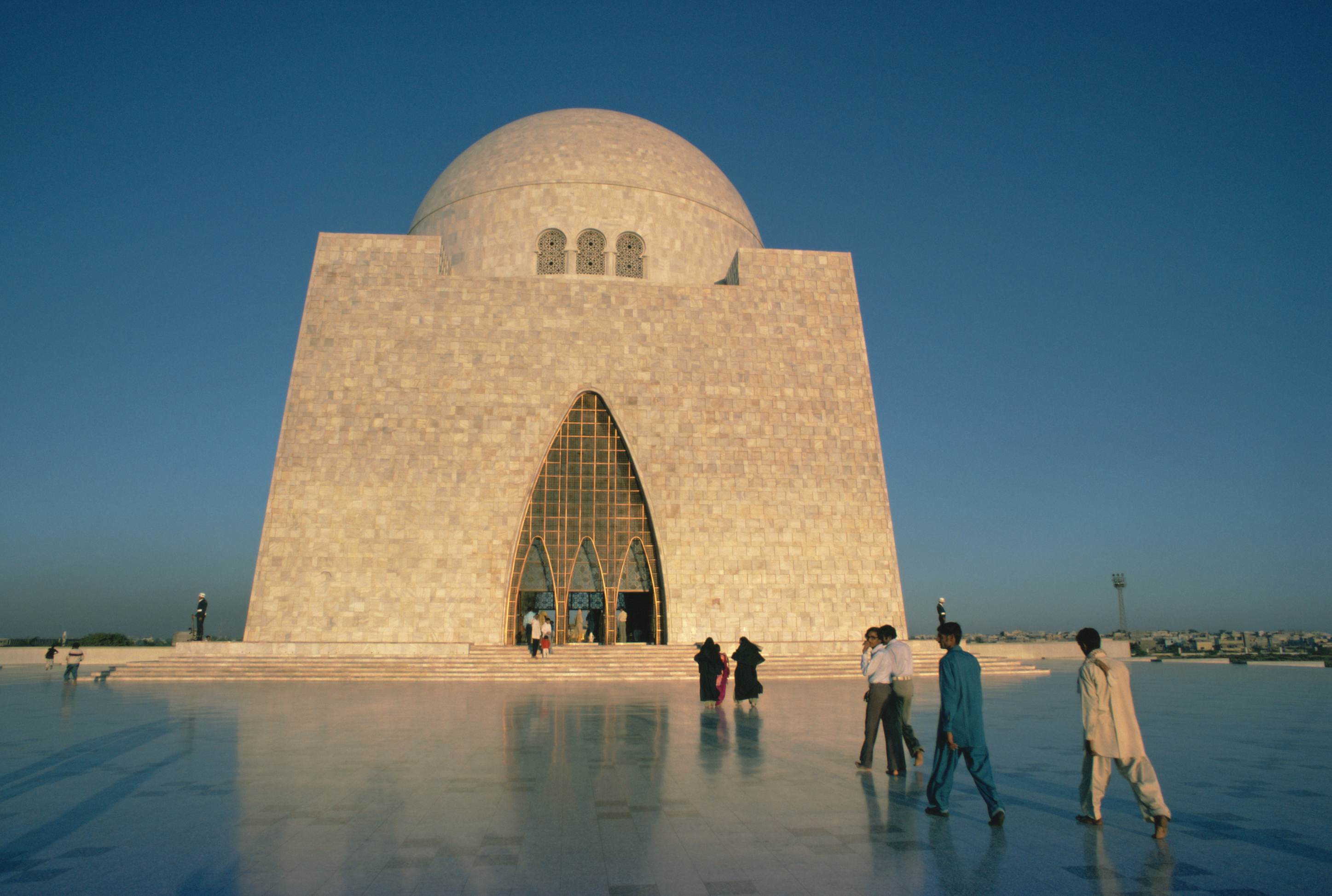 Quaid I Azam Mausoleum Karachi Pakistan Attractions