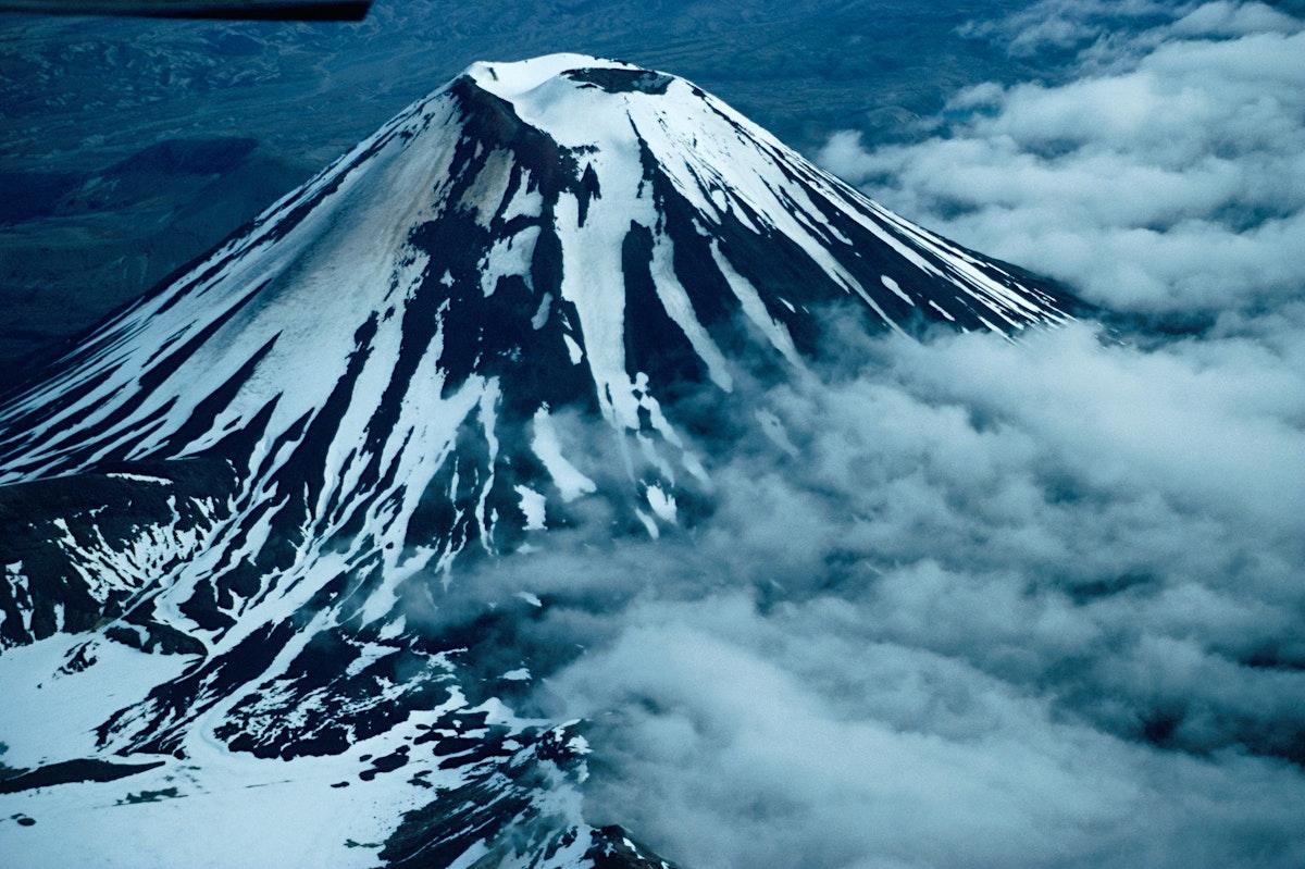 Tongariro National Park travel   Taupo & the Ruapehu ...