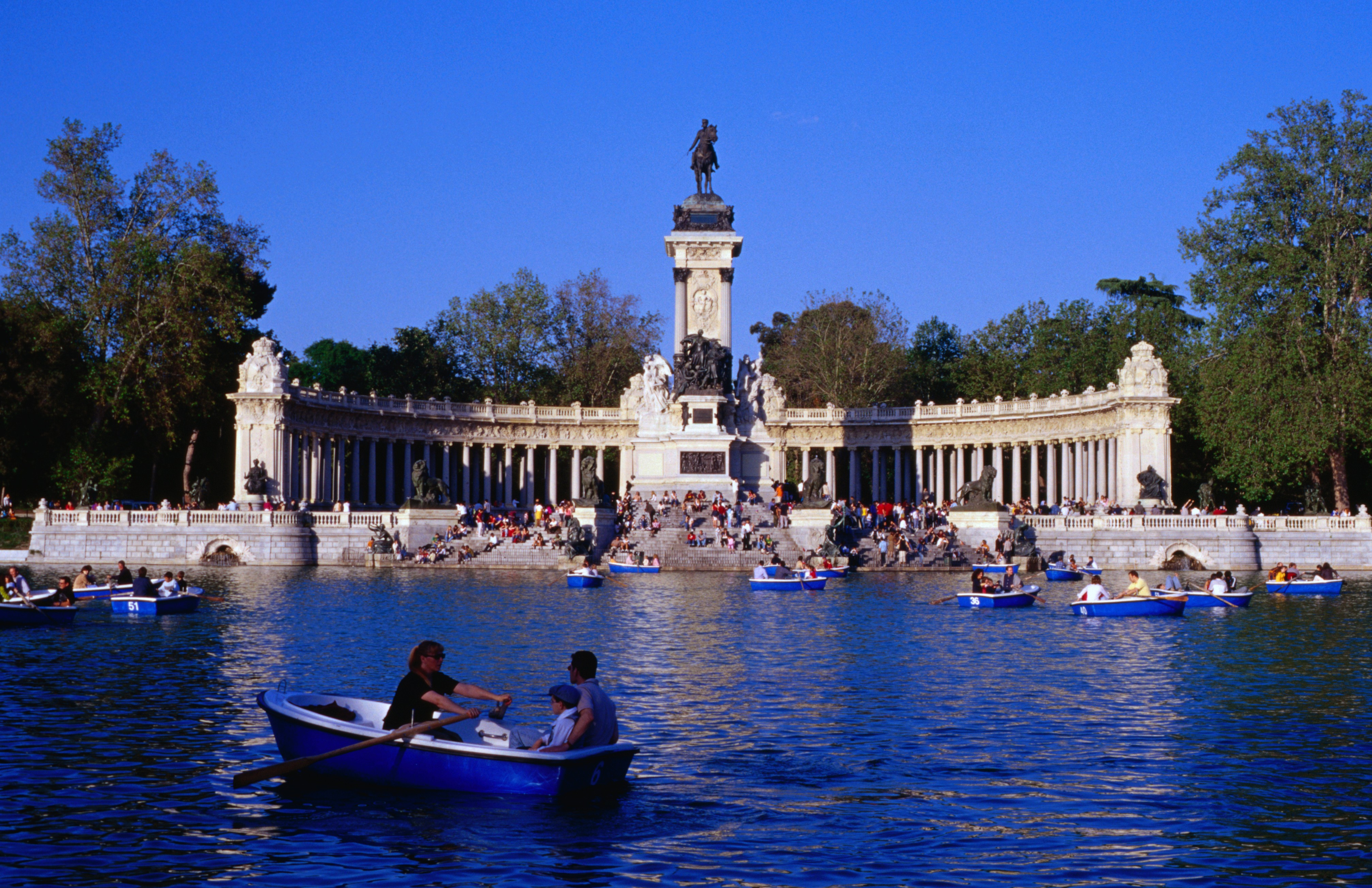 Parque del Buen Retiro | Madrid, Spain Attractions
