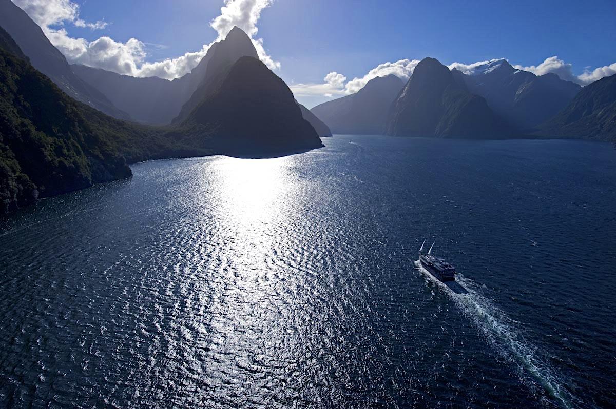 Milford Sound Travel Fiordland Amp Southland New Zealand