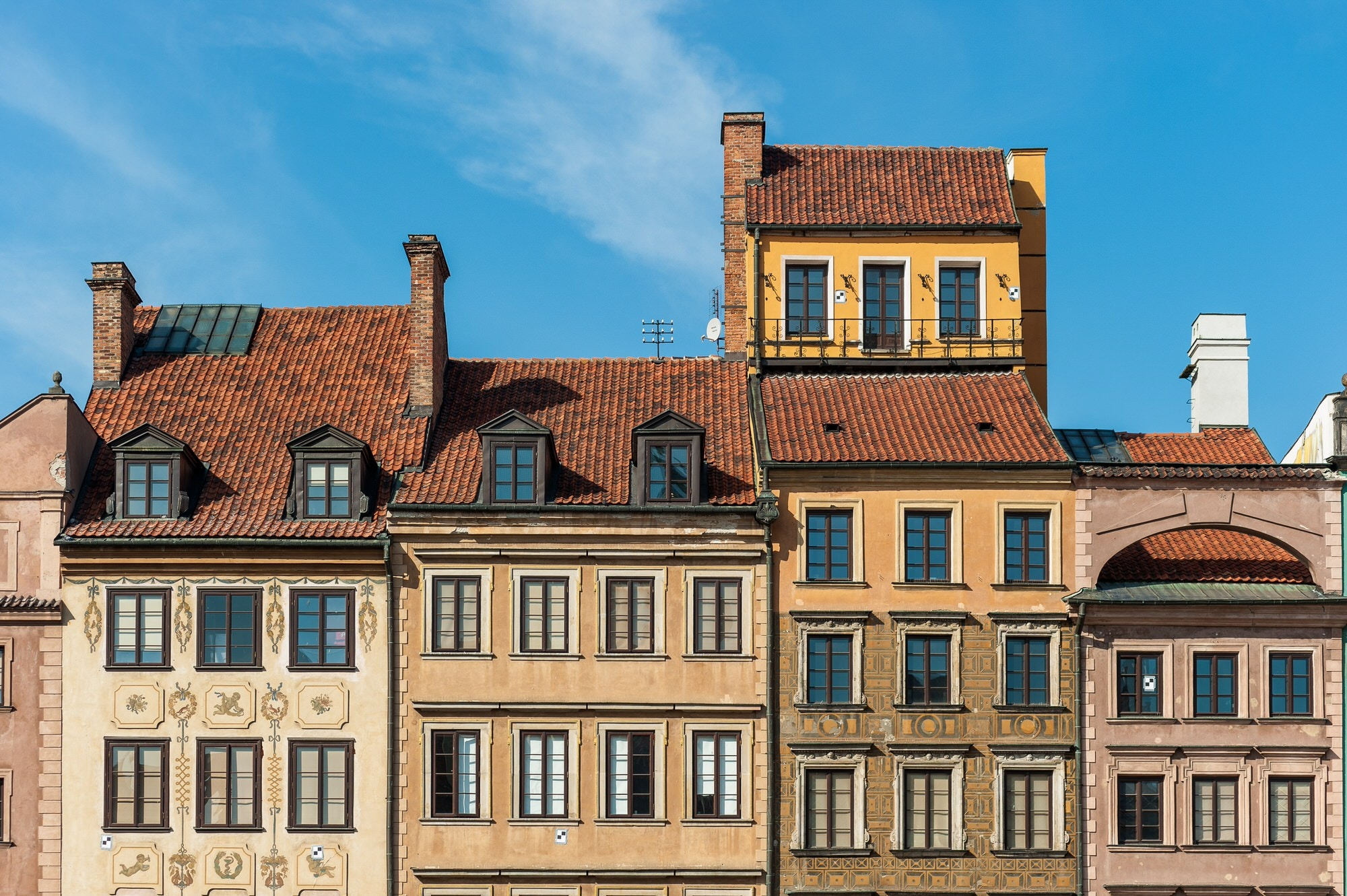 Warsaw facades © Celal Erdogu / 500px