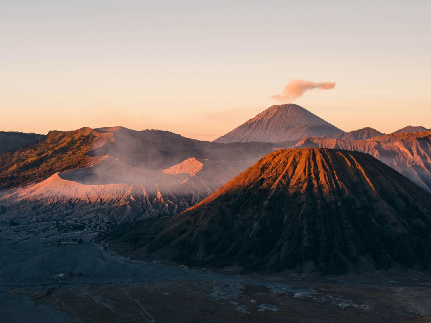 Sunrise at Mount Bromo, Indonesia © The World Ahead of Us