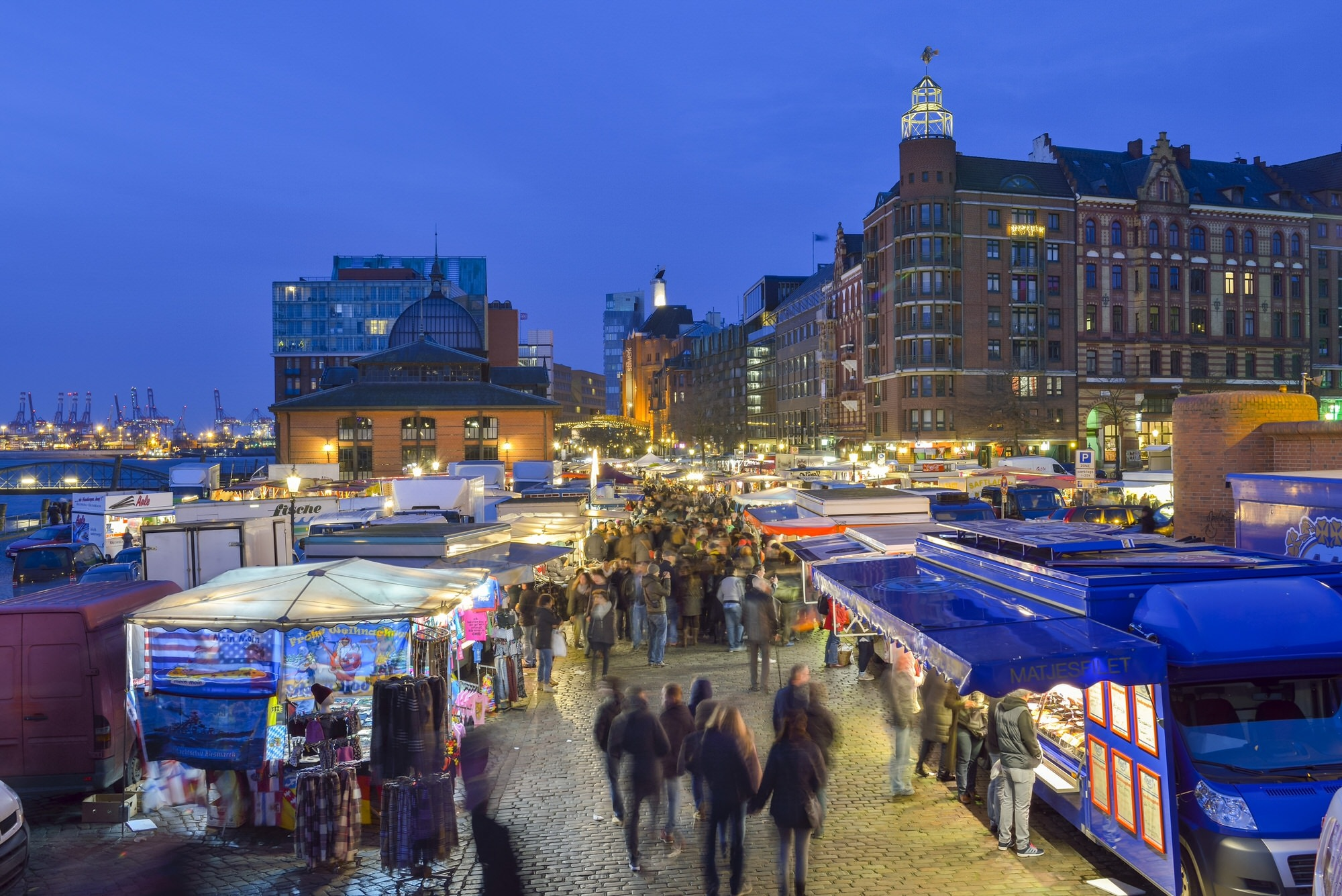 Hamburg's Elbe River fish market in the morning
