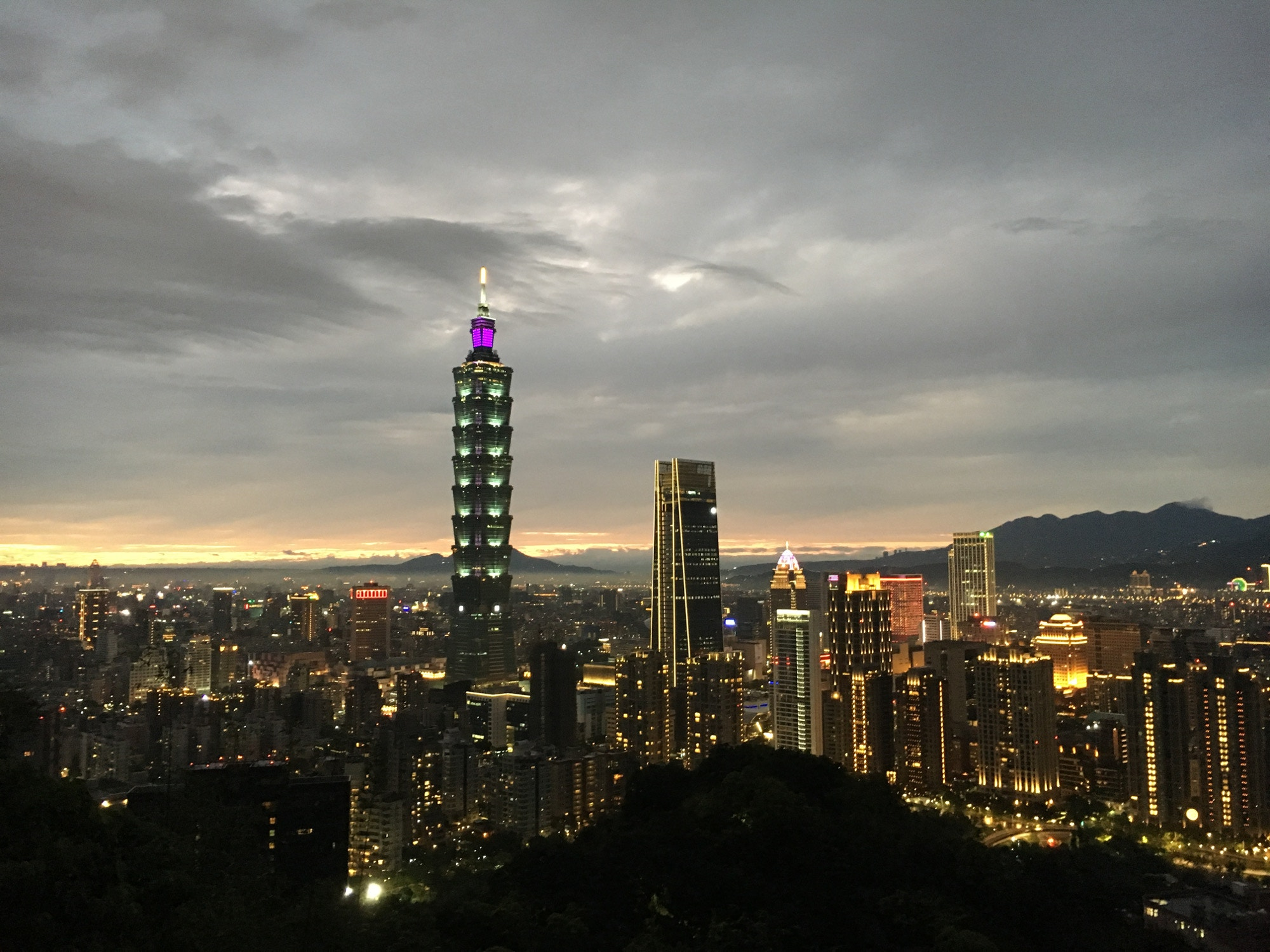 Taipei's skyline snapped from the top of Elephant Mountain