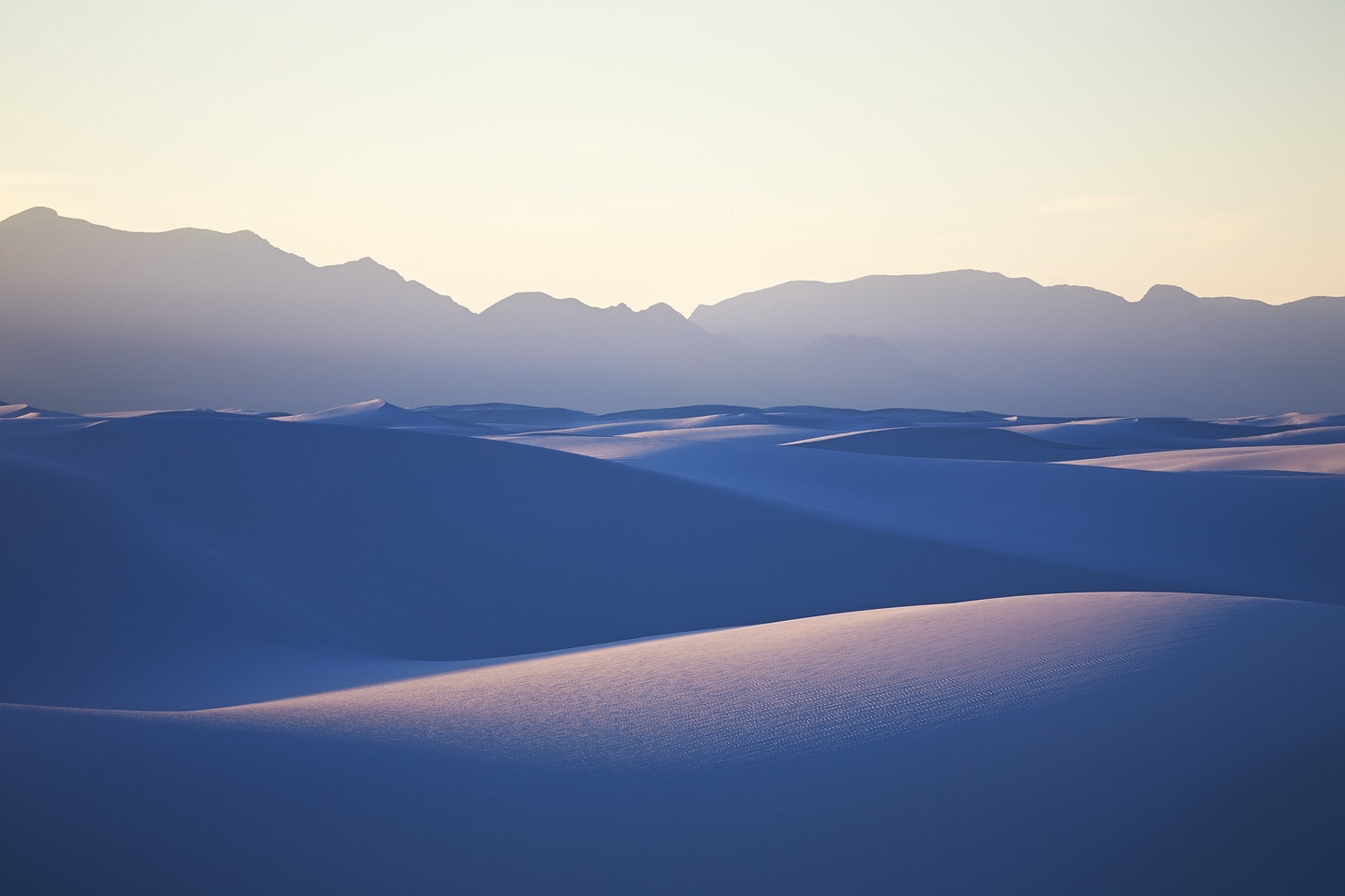 Rolling hills of pristine white sand, in White Sands National Monument in southern Mexico © Matthew Liteplo / 500px
