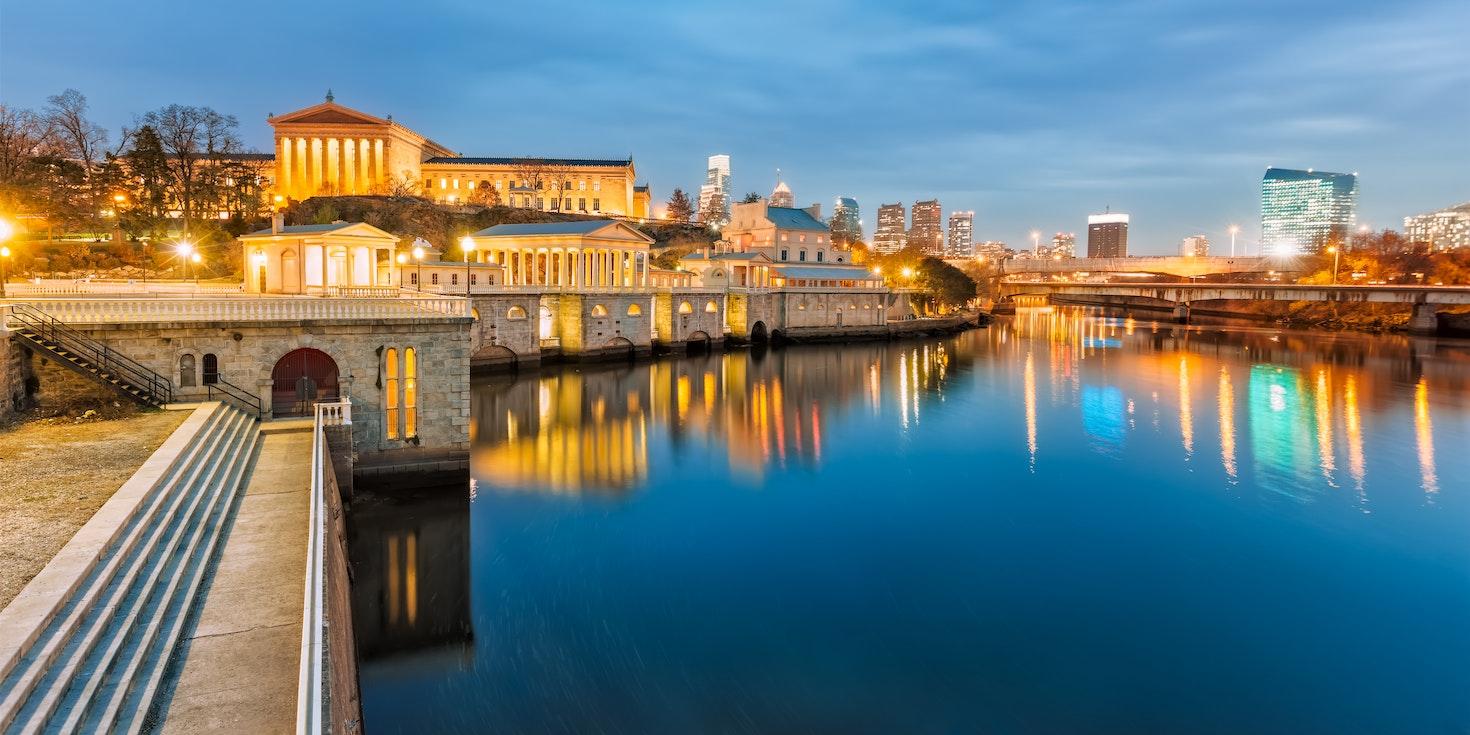 Philadelphia skyline, as seen from the bank of Schuylkill River © Eduard Moldoveanu / 500px