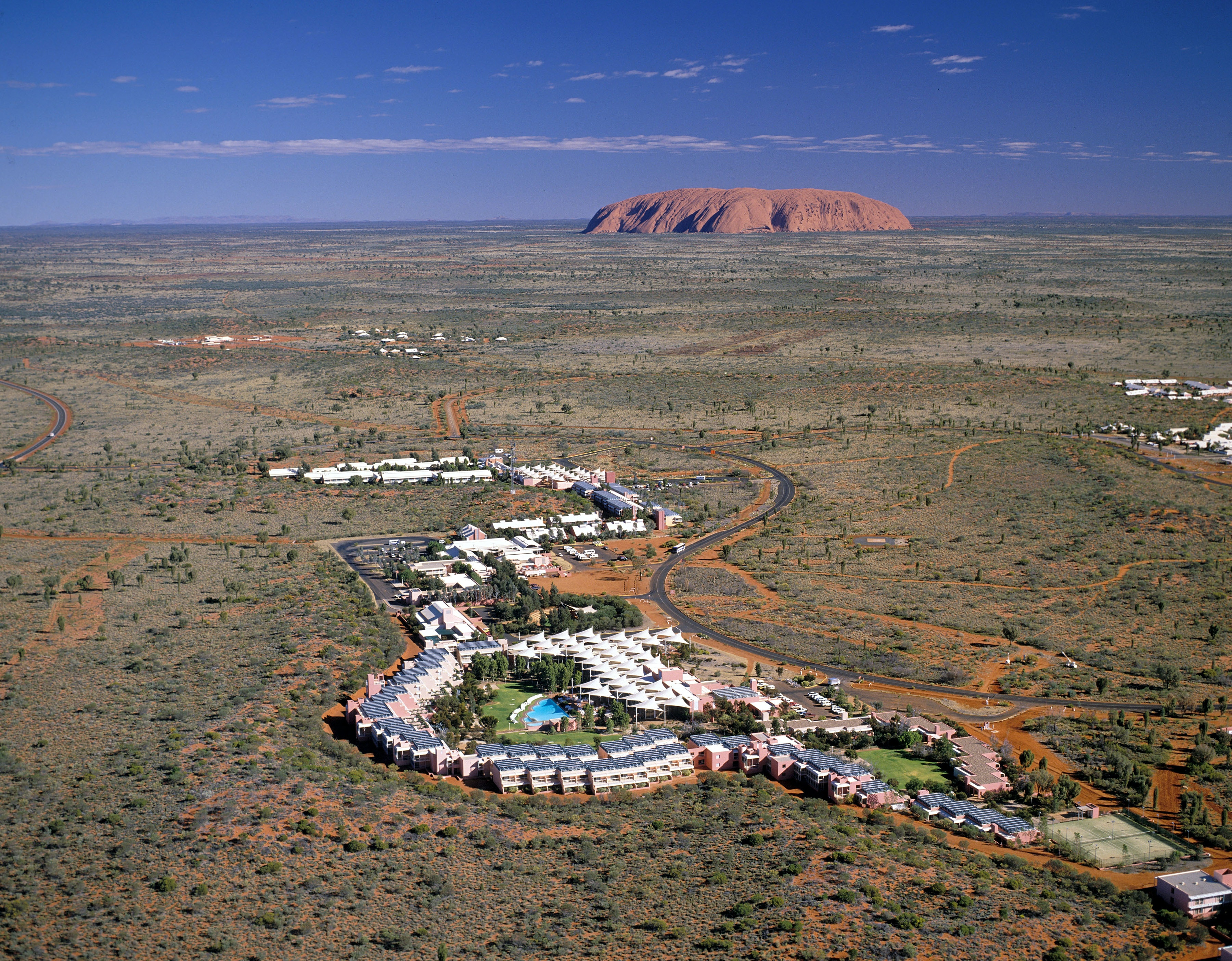 The Car Shop >> Yulara travel - Lonely Planet
