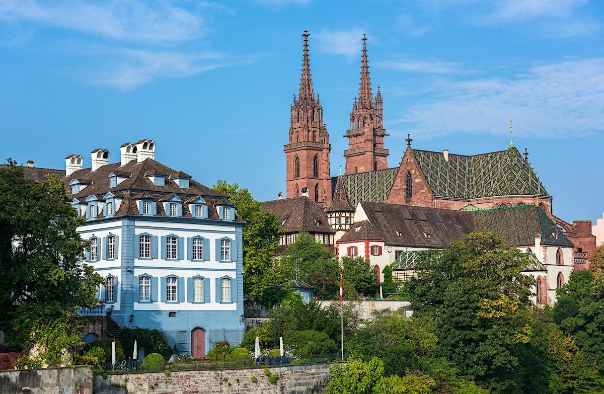 HOST Switzerland s largest Gay Community