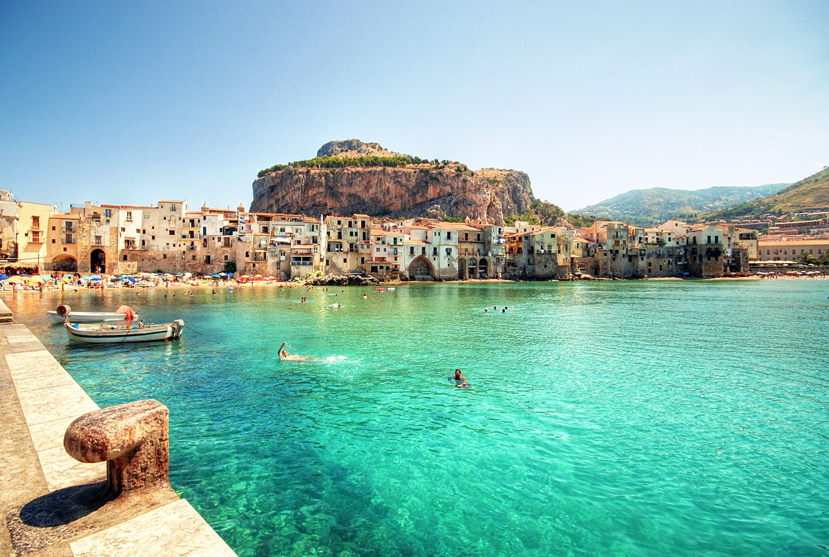 Sicily travel lonely planet for Best beach near la