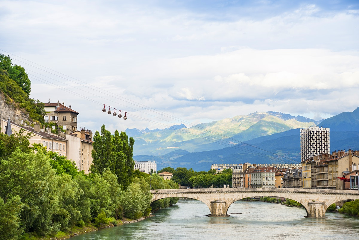 Grenoble travel lonely planet - Coupe a 10 euros grenoble ...