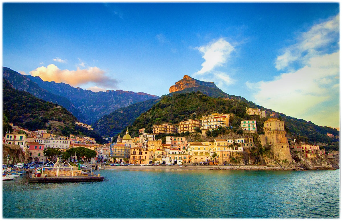 The amalfi coast travel lonely planet for Best travel italy