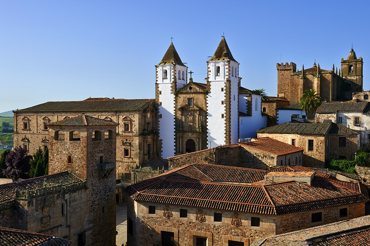 C ceres travel lonely planet for Muebles en caceres capital