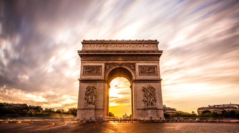 arc de triomphe in paris france lonely planet. Black Bedroom Furniture Sets. Home Design Ideas