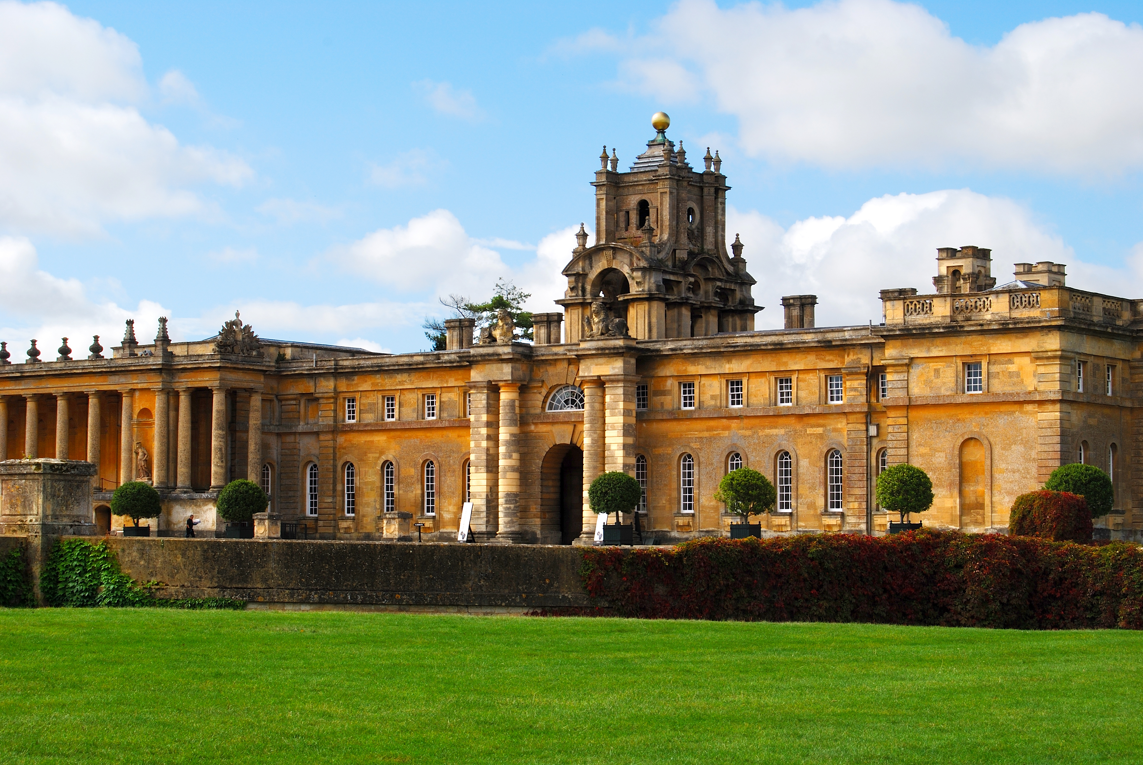 Blenheim palace lonely planet for Blenheim builders